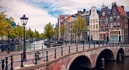 Explore Amsterdam Businesses